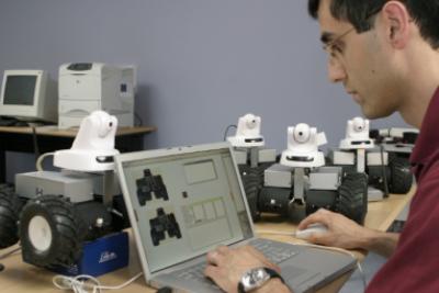 Cơ hội nghề nghiệp và học tập đối với sinh viên tốt nghiệp ngành Công nghệ kỹ thuật máy tính