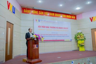 100 đại biểu của 40 Doanh nghiệp tham dự tại Hội thảo Nhà trường – Doanh nghiệp