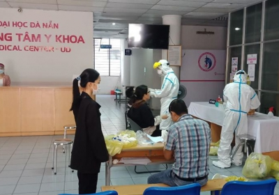 Nhiều hoạt động của cán bộ, sinh viên Đại học Đà Nẵng chung sức đồng lòng cùng thành phố vượt qua thử thách, ngăn chặn và đẩy lùi dịch Covid-19