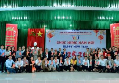 Lãnh đạo VKU gặp mặt đầu năm Tân Sửu 2021 cùng với cán bộ chủ chốt của Nhà Trường