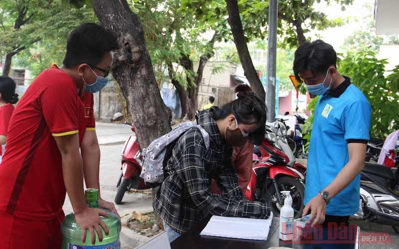 Bảo đảm sinh viên ở lại Đà Nẵng an tâm giãn cách -0